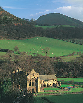 /image/upload/moseleyc/Valle_Crucis_north_wales.jpg